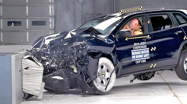 http://www.autopten.com/autoblog/photos/2014-jeep-cherokee-crash-test-iihs.jpg