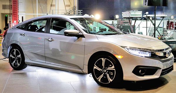 2016 Honda Civic At Auto Show