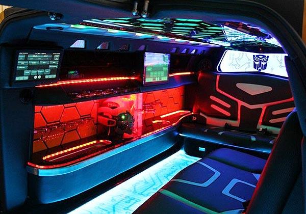 http://www.autopten.com/carforum/images/chevrolet-camaro-bumblebee-limo-1.jpg