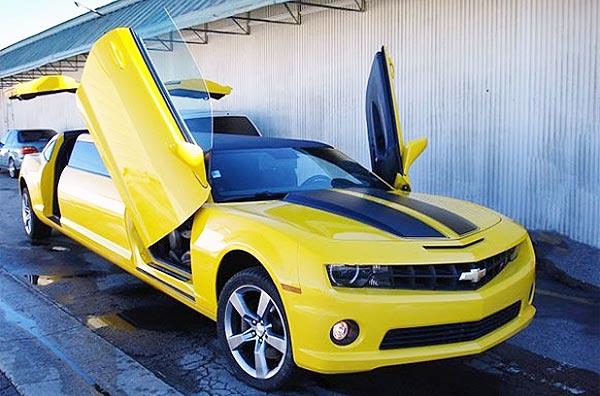http://www.autopten.com/carforum/images/chevrolet-camaro-bumblebee-limo-10.jpg