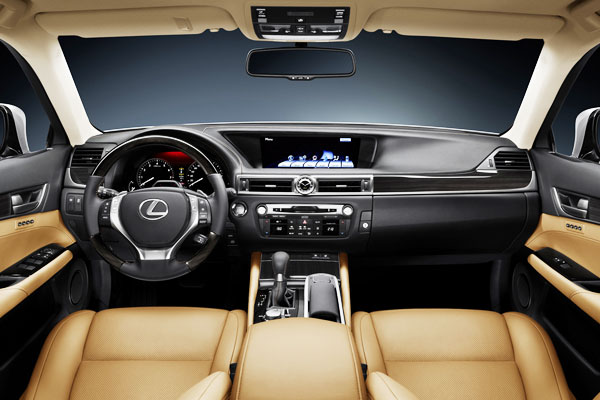 Lexus GS 450h 2013 Interior