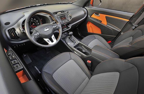http://www.autopten.com/carforum/images/new-2013-kia-sportage-suv-interior.jpg