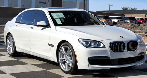 2015 BMW 7 Series luxury sedan