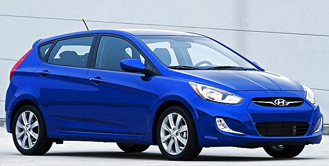 2013 Hyundai Accent GLS Hatchback Blue