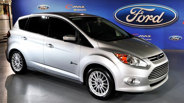 /cheapcarsimg/New-2013-Ford-CMAX-Hybrid.jpg