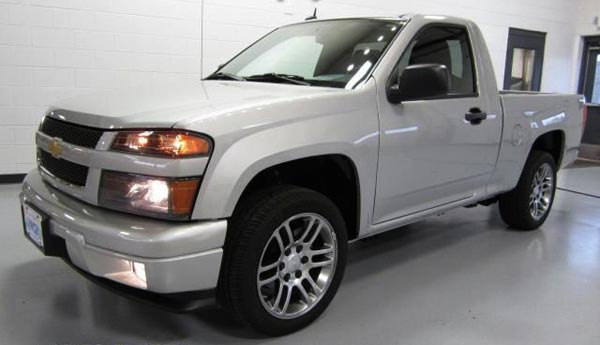 <h2>$16,890 — <strong>2012 Chevrolet Colorado for sale in WISCONSIN.</strong></h2> This Chevy Colorado pickup truck looks amazing is being offered by Lynch Chevrolet Buick GMC, a car dealer located in Burlington, WI . Mileage: 4,866 only. Asking price: <span class='u'>$16,890</span>. If you are interested, please contact them at: 877-890-0585.