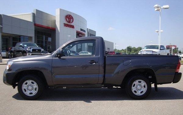 <h2><strong>$16,001 — 2012 Toyota Tacoma Base for sale in TENNESSEE.</strong></h2> This Tacoma pickup truck is being offered in Memphis, TN by Chuck Hutton Toyota dealer. Mileage: 4,600. Asking price: <span class='u'>$16,001</span>. If you are interested, please contact them at : 866-520-4596.