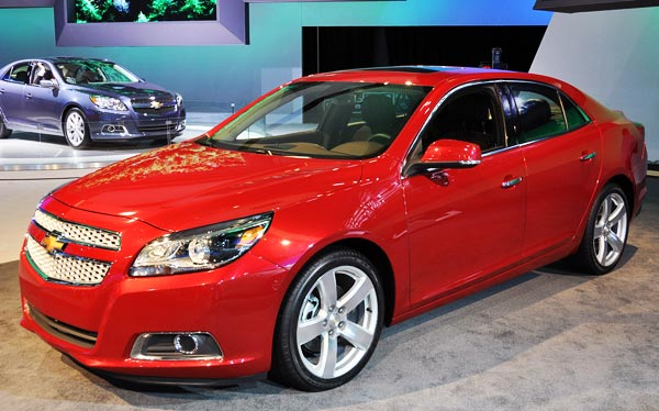 /cheapcarsimg/new-2013-Chevrolet-Malibu-red.jpg