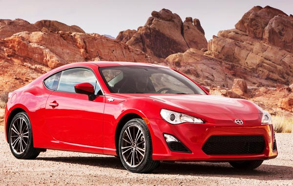 /cheapcarsimg/new-2013-Scion-FR-S-red.jpg
