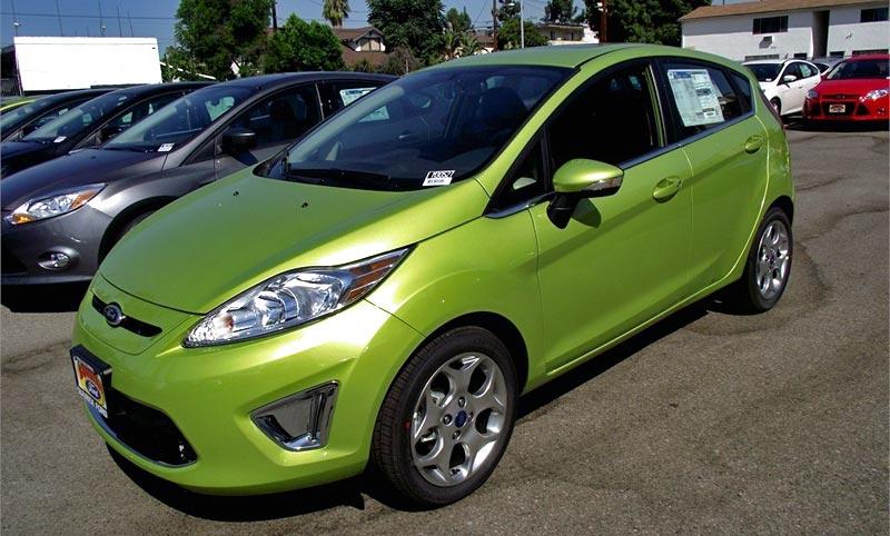 http://www.autopten.com/cheapcarsimg/new-2013-ford-fiesta-titanium-hatchback-green.jpg