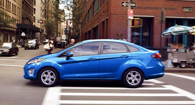 http://www.autopten.com/cheapcarsimg/new-Ford-Fiesta-SE-sedan-street-blue.jpg