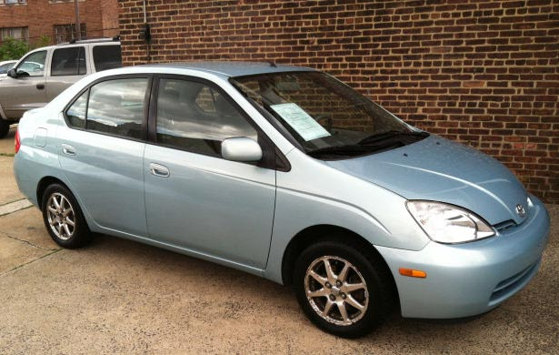 http://www.autopten.com/cheapcarsimg/toyota-prius-2002-new-jersey.jpg