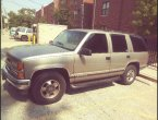 1999 Chevrolet Tahoe under $2000 in Illinois
