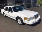 1992 Lincoln TownCar (White)