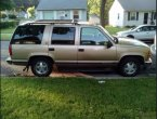 1999 Chevrolet Tahoe under $2000 in Wisconsin