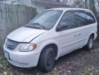 2002 Chrysler Town Country under $1000 in Iowa