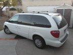 2006 Chrysler Town Country under $3000 in California