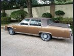 1983 Cadillac Fleetwood under $1000 in Texas