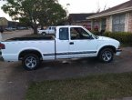 2000 Chevrolet S-10 under $3000 in Louisiana