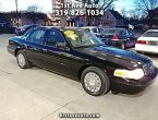 2004 Ford Crown Victoria under $4000 in Iowa