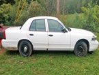 2003 Ford Crown Victoria under $2000 in Tennessee