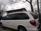 2001 Dodge Caravan under $1000 in Missouri