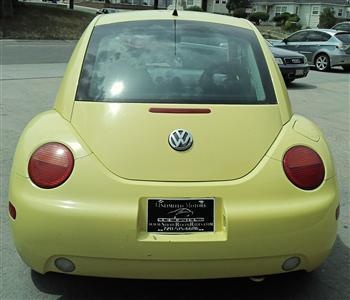 Photo #10: coupe: 1998 Volkswagen Beetle (Yellow)