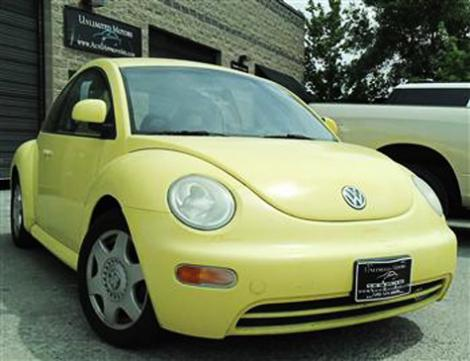 Photo #1: coupe: 1998 Volkswagen Beetle (Yellow)