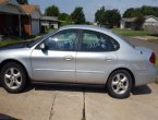 2001 Ford Taurus under $2000 in Oklahoma