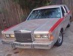 1989 Lincoln TownCar in LA
