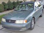 2000 Toyota Avalon in LA