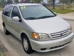 2003 Toyota Sienna under $4000 in Texas