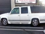 1999 Chevrolet Suburban under $2000 in California