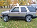2000 Chevrolet Blazer under $2000 in Oregon