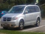 2010 Dodge Caravan under $3000 in Virginia