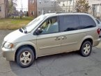 2005 Dodge Grand Caravan under $2000 in Maryland