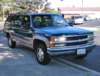 1995 Chevrolet Suburban under $1000 in California