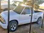 1998 Chevrolet S-10 under $4000 in Texas