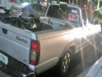 2000 Nissan Frontier under $1000 in Florida