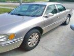 2002 Lincoln Continental in FL
