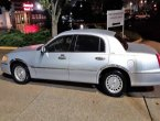 1999 Lincoln TownCar under $2000 in Virginia