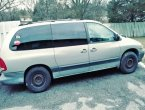 1999 Dodge Grand Caravan under $2000 in Missouri