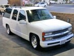 1994 Chevrolet Suburban under $5000 in California
