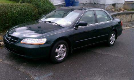 Used 2000 Honda Accord EX Sedan For Sale in CT - Autopten.com