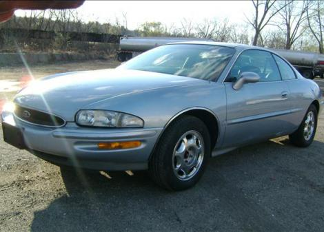 used 1995 buick riviera coupe coupe for sale in ct. Black Bedroom Furniture Sets. Home Design Ideas