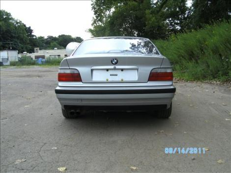 1998 bmw 323 is for sale in waterbury ct under 4000. Black Bedroom Furniture Sets. Home Design Ideas