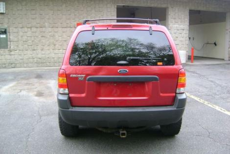 Photo #4: SUV: 2003 Ford Escape (Red)