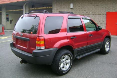 Photo #5: SUV: 2003 Ford Escape (Red)
