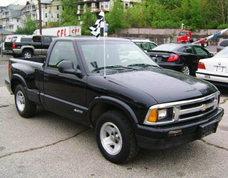 used 1997 chevrolet s 10 pickup truck for sale in ct. Black Bedroom Furniture Sets. Home Design Ideas