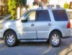 2005 Lincoln Navigator under $5000 in California